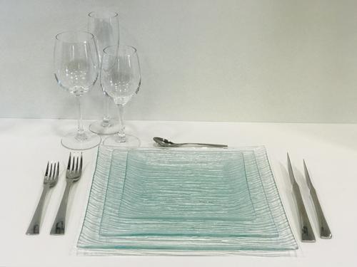 Assiettes carrees transparentes ls reception ile d oleron la rochelle niort saintes royan ile de re charente maritime 2