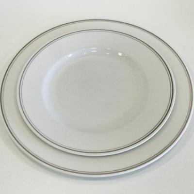 Assiettes filet gris 25 cm et 20cm ls reception ile d oleron la rochelle niort saintes royan ile de re charente maritime