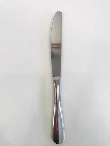 Couteau de table gamme harmonie ls reception ile d oleron la rochelle niort saintes royan ile de re charente maritime 1